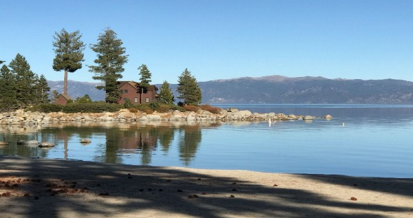 Meeks Bay lodge on lakeside