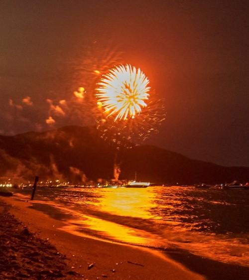 fireworks over lake tahoe