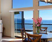 Golfers/hikers Agree - Mourelatos Lakeshore Resort