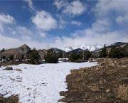 Gated Golf Club & Mountain Views