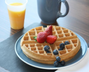 Enjoy A Hot Breakfast 'on The House' - Hampton Inn & Suites Tahoe-Truckee