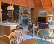 Adoring Lake Retreat - Wells & Bennett Realtors