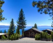 Lakeviews & Hot Tub - Lake Tahoe Accomodations