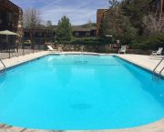 Stay Poolside - Lakeside Inn and Casino