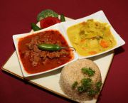 Shri Lankan Chicken Or Beef Curry - Indu's Asian Noodle