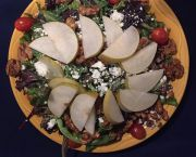 Pear & Walnut Salad - Rosie's Cafe