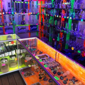 Lady Luck Skate & Smoke Shop, Glass Water Pipes