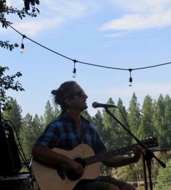 Alibi Ale Works, Joaquin Fioresi ~ Live at Truckee Public House