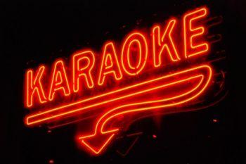 Rojo's Tavern, Karaoke Nights