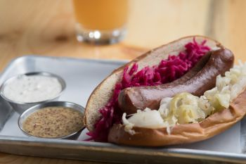 Alibi Ale Works, Beer Braised Bratwurst