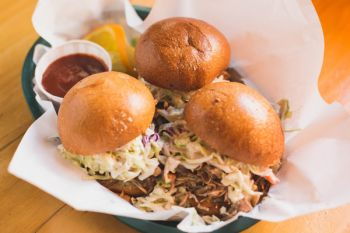 Bridgetender Tavern & Grill, Hawaiian Island Sliders