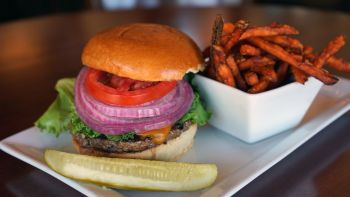 Alder Creek Cafe & Trailside Bar, A.C.C. Burger