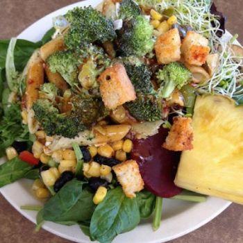 Jason's Beachside Grille, Jason's Famous Salad Bar