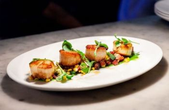 Moody's Bistro, Bar & Beats, New England Day Boat Scallops