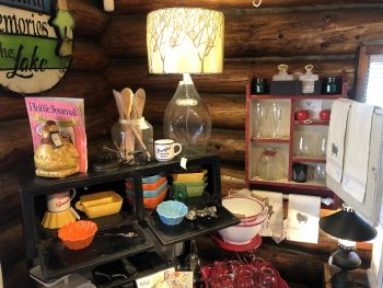 Welcome Home Shoppe, Kitchen Tools & Accessories