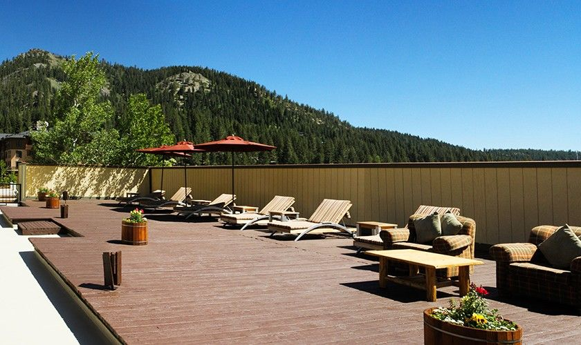 Red Wolf Lodge At Squaw Valley Photo