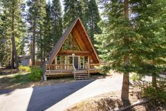 Sierra Vacations by Natural Retreats photo