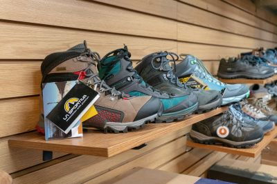 Donner Pass Location - Footwear for Every Season