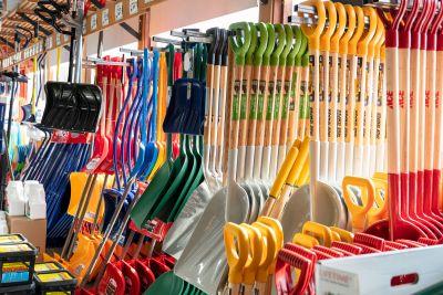 Variety of Shovels & De-Icer