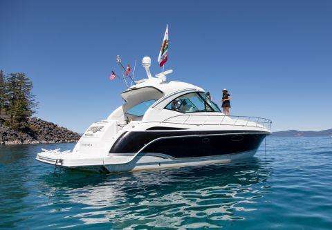 Tahoe Yacht Charters, Formula 45 Yacht