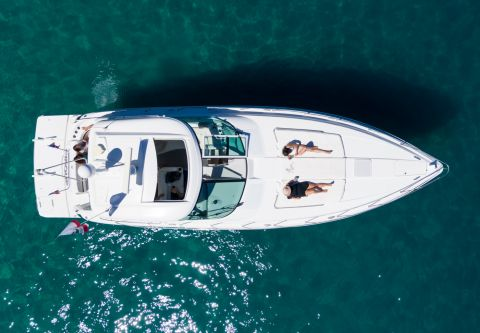 Tahoe Yacht Charters, Formula 33 Yacht