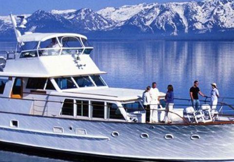 Lake Tahoe Sightseeing Cruises, Bleu Wave Sightseeing & Lunch Cruises