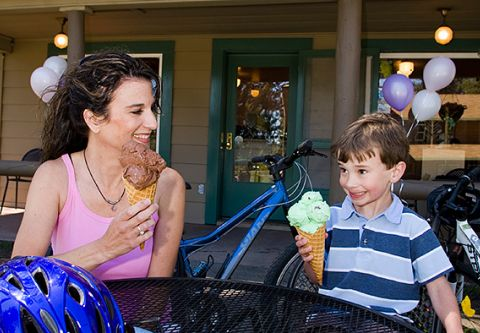 Camp Richardson Resort, Ice Cream Parlor at Camp Rich