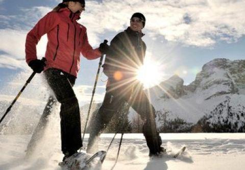 Village Ski Loft, Snowshoes