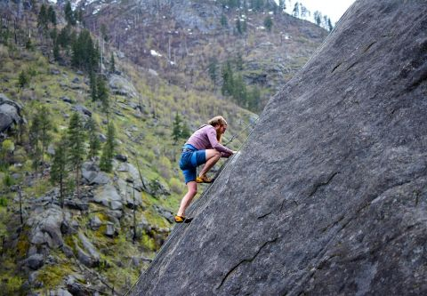 Clair Tappaan Lodge, Rock Climbing