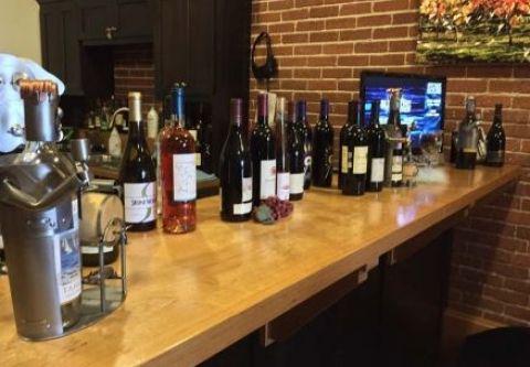 Bluestone Jewelry & Wine, Wine Tasting